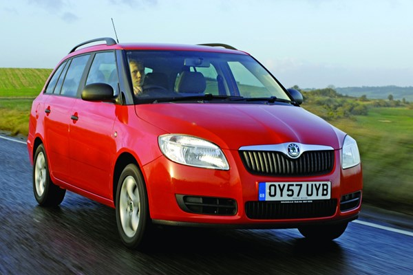 skoda fabia estate from 2008 used prices parkers. Black Bedroom Furniture Sets. Home Design Ideas