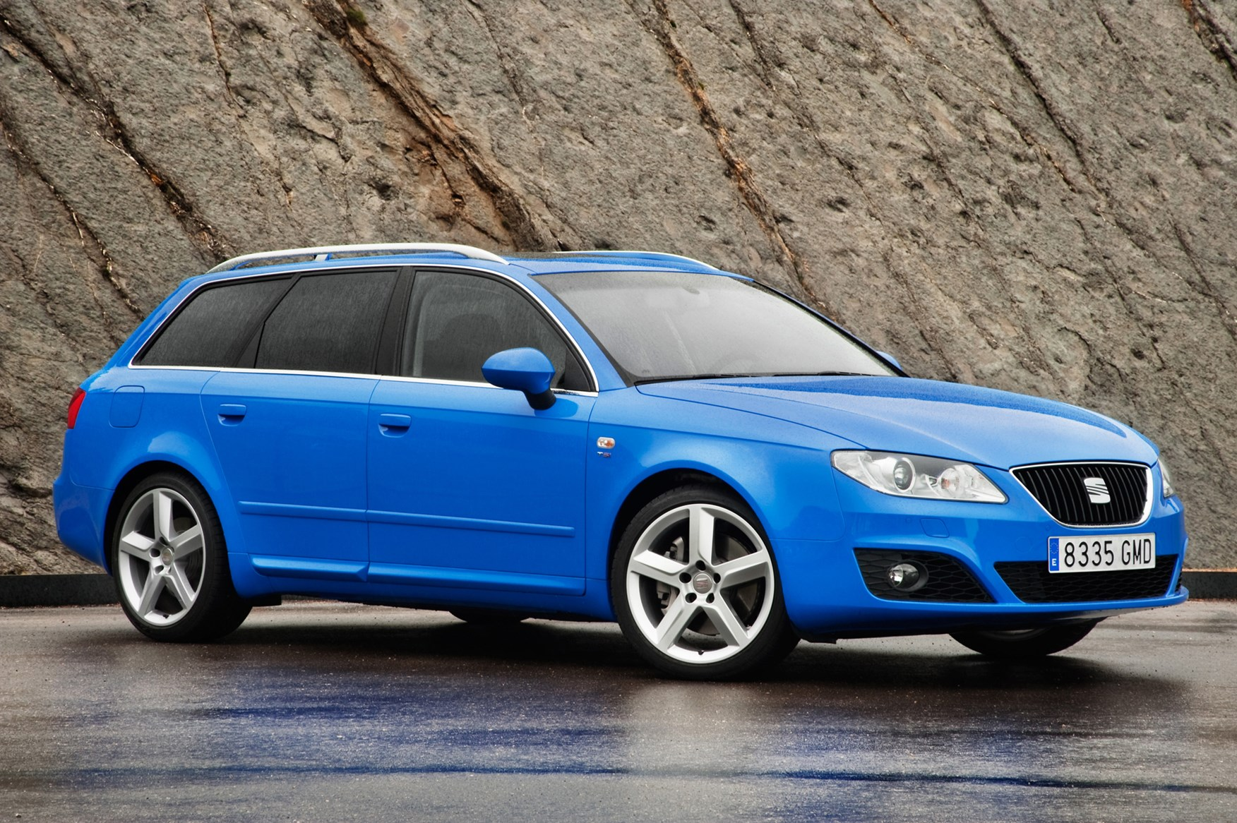 Audi A4  Pricing Ratings Reviews  Kelley Blue Book