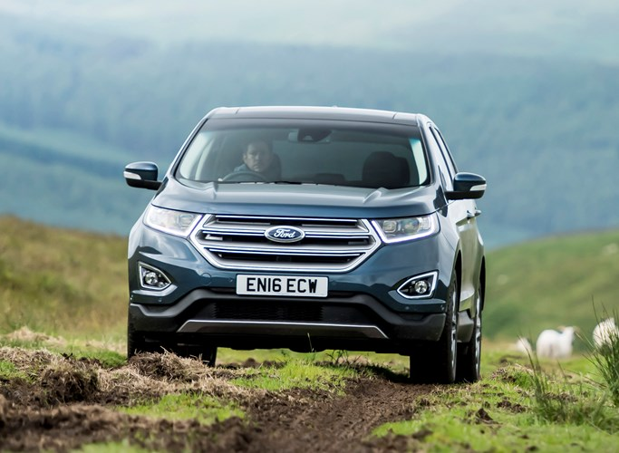 Ford Edge Driving Off Road