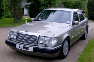 Mercedes-Benz E-Class Saloon (from 1985) Owners Reviews | Parkers