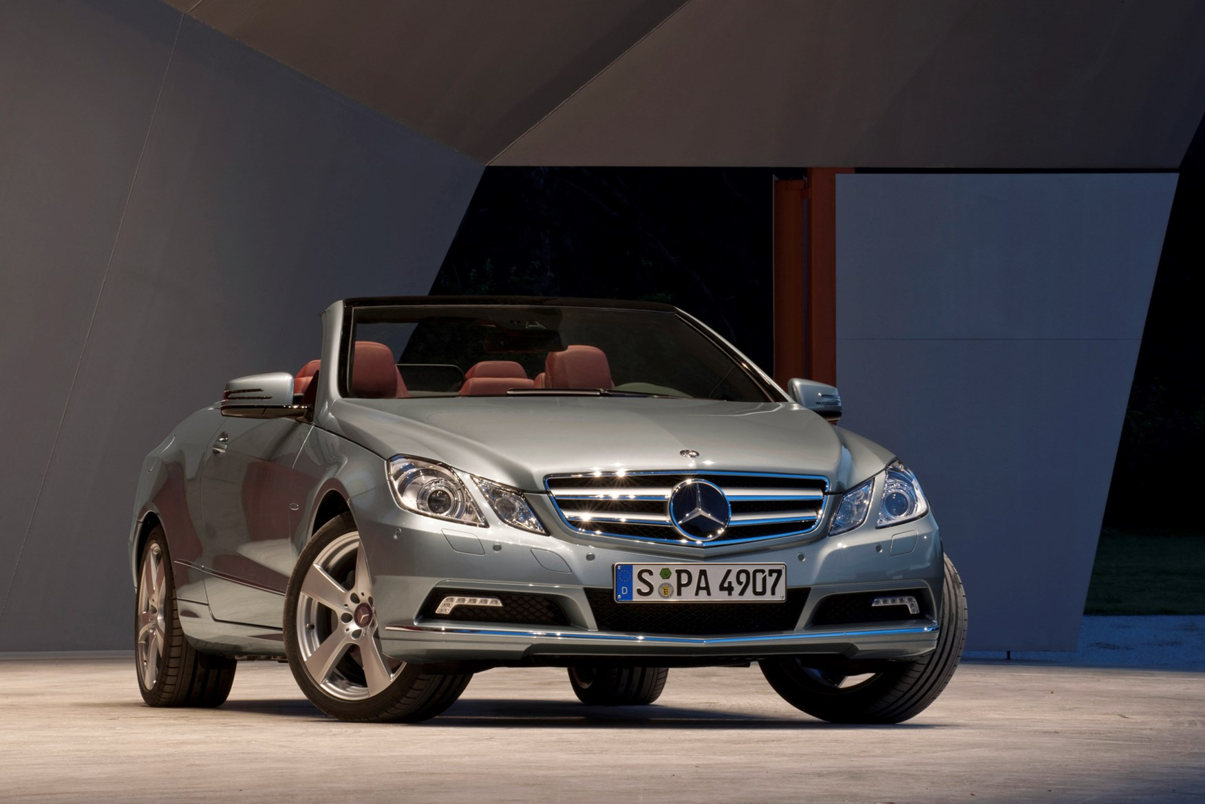 cabriolet white three magazine fantasy ultimate automobile convertible front benz mercedes news quarters heat