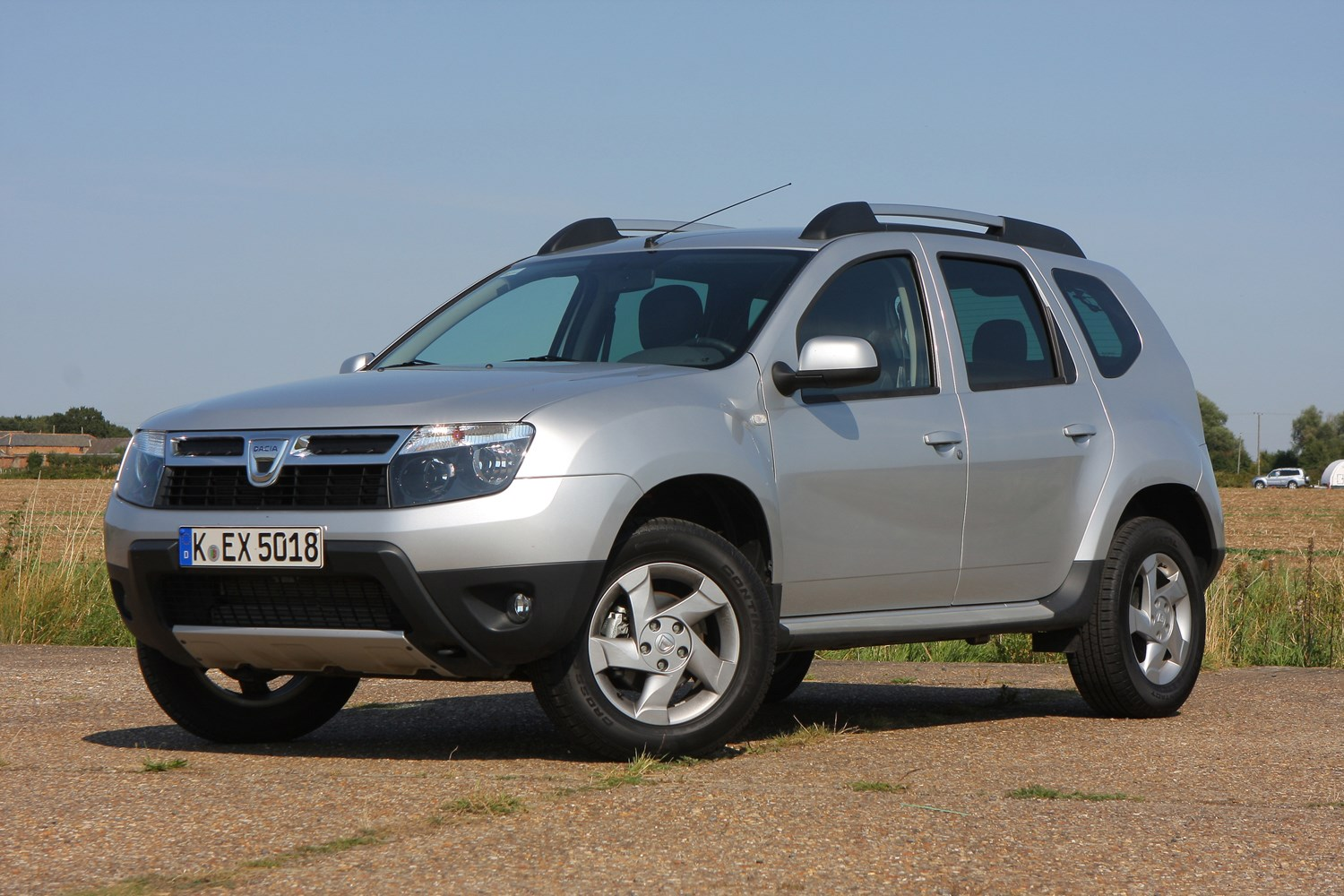 dacia duster estate review 2013 parkers. Black Bedroom Furniture Sets. Home Design Ideas