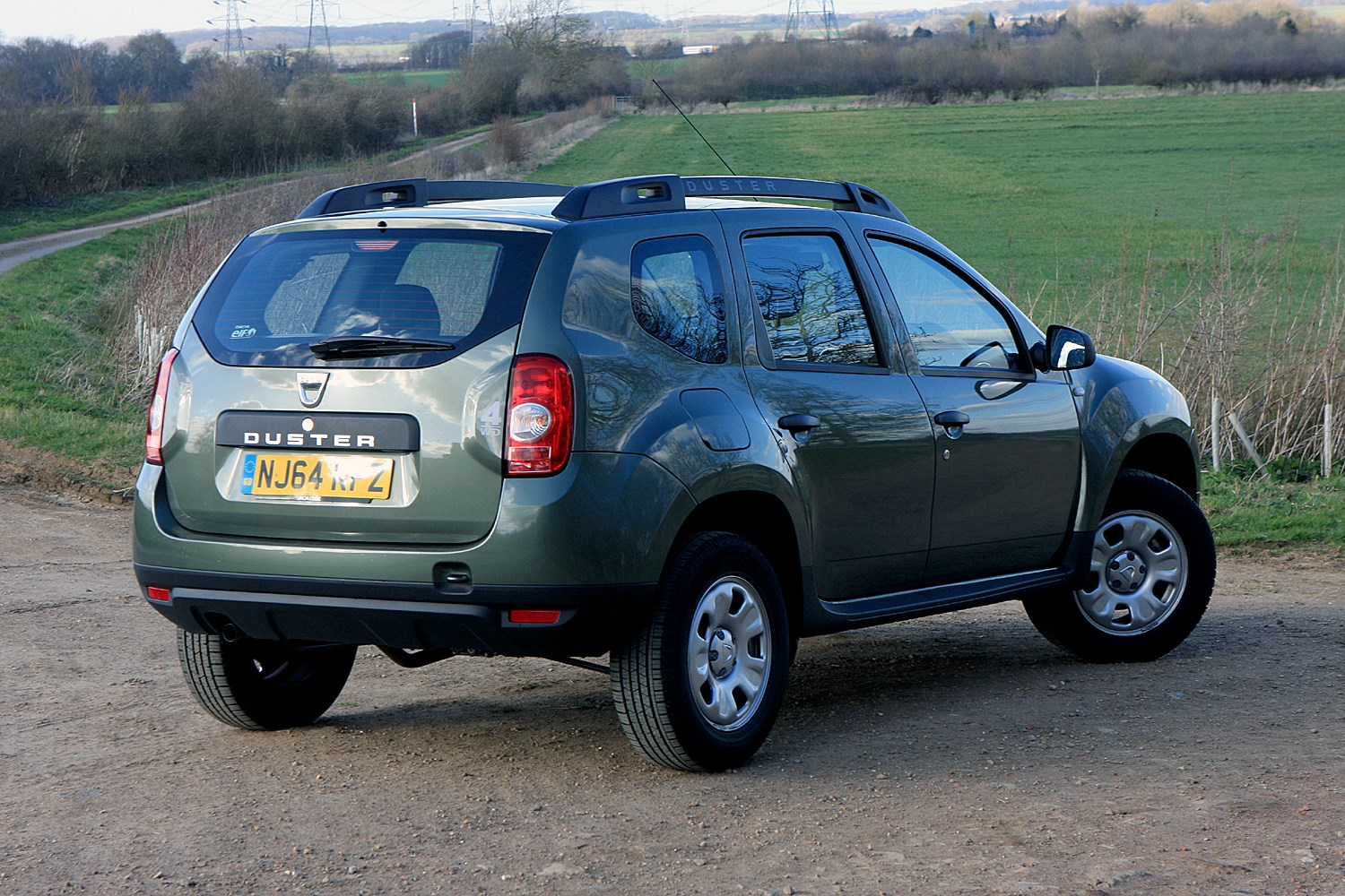 dacia duster estate 2013 photos parkers. Black Bedroom Furniture Sets. Home Design Ideas