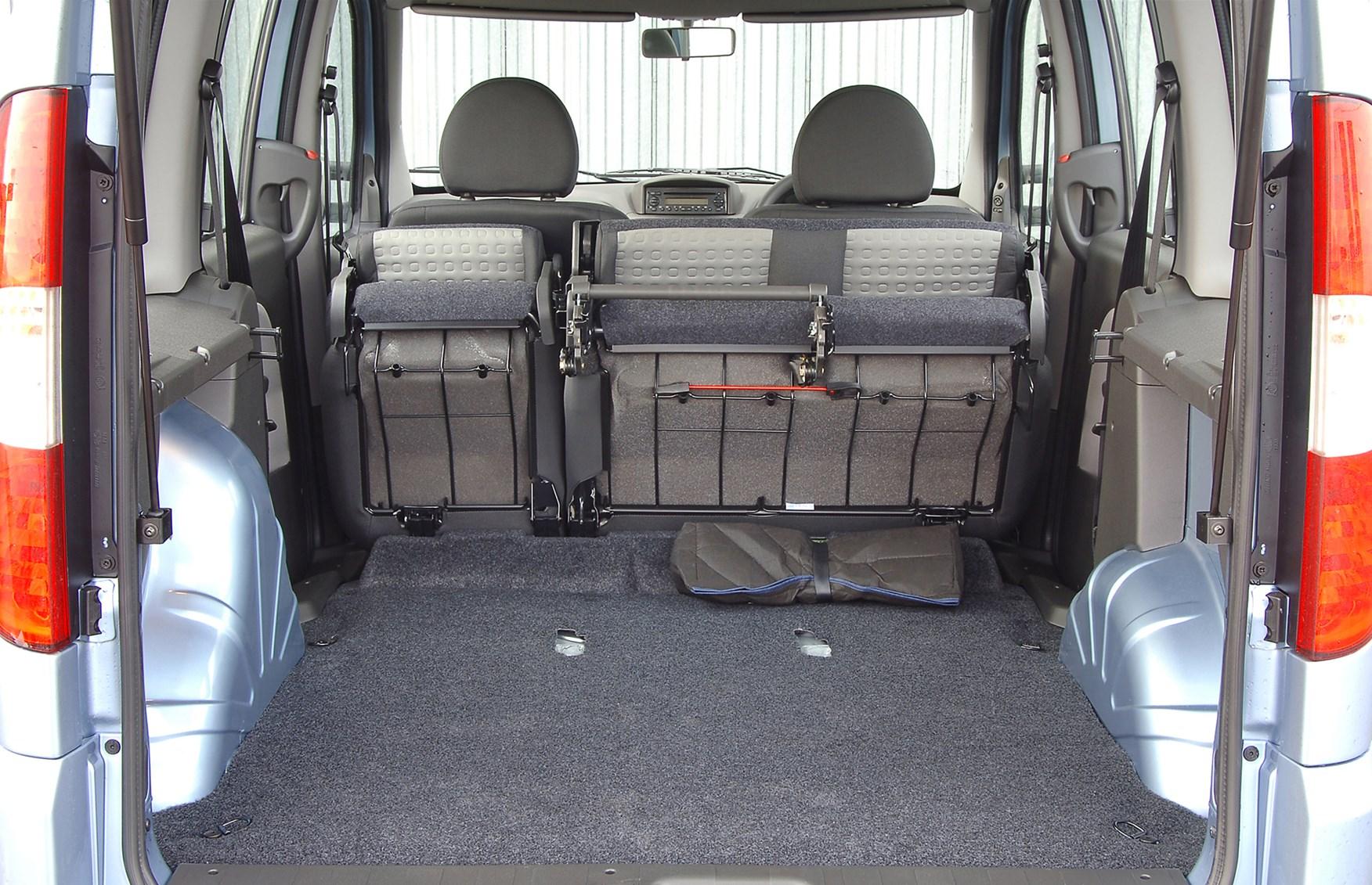 Fiat Doblo Estate 2001 2010 Features Equipment And