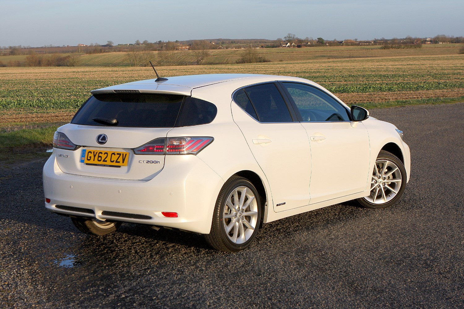 Lexus CT Hatchback (2011 - ) Photos | Parkers