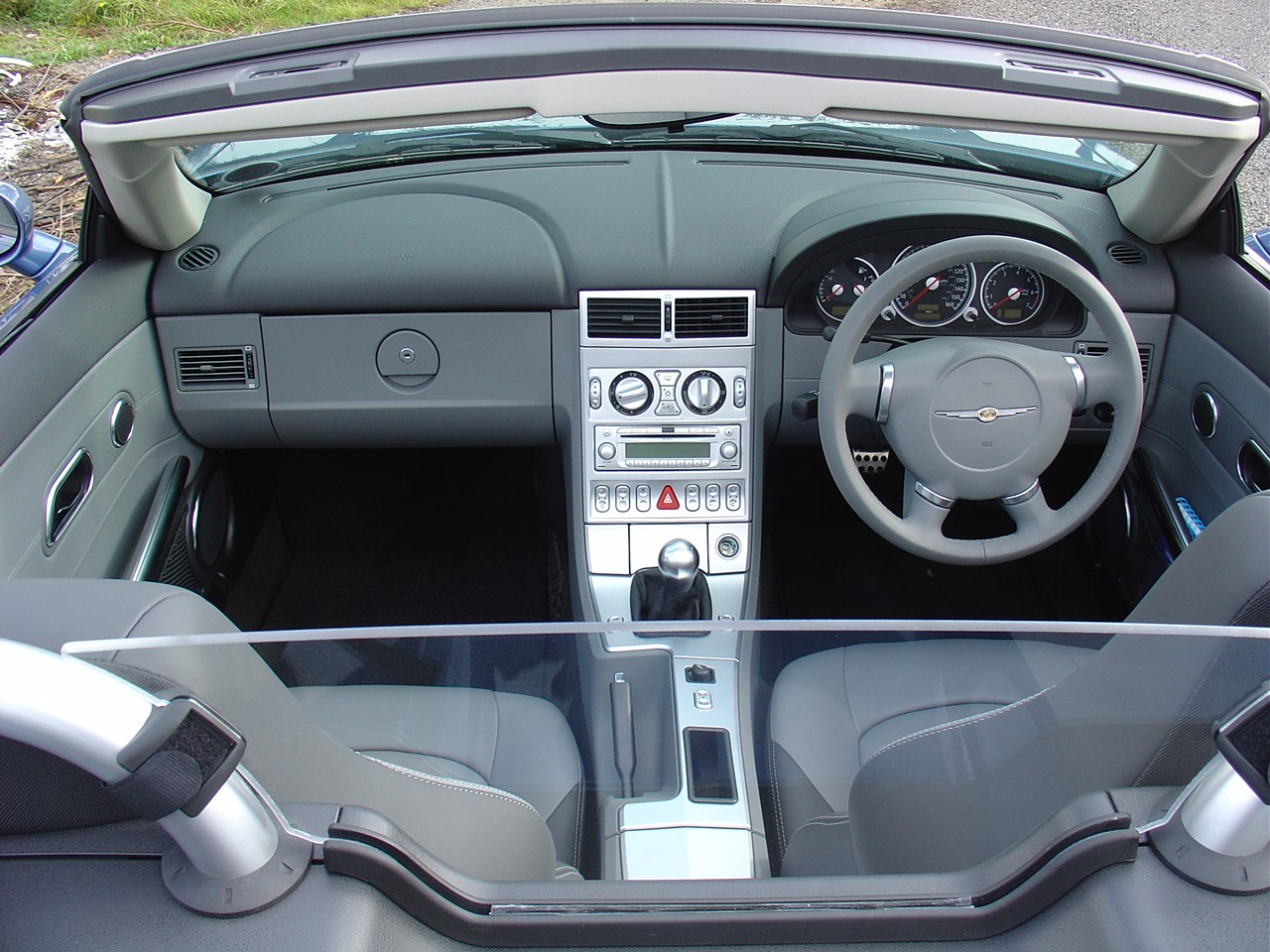 chrysler crossfire roadster review 2004 2008 parkers. Cars Review. Best American Auto & Cars Review