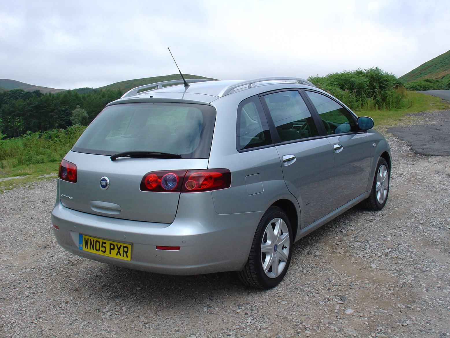 Fiat Croma Hatchback Review 2005 2007 Parkers