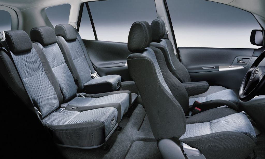 toyota corolla verso 2002 2003 driving performance. Black Bedroom Furniture Sets. Home Design Ideas