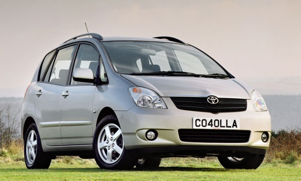 toyota corolla verso 2002 2003 photos parkers. Black Bedroom Furniture Sets. Home Design Ideas