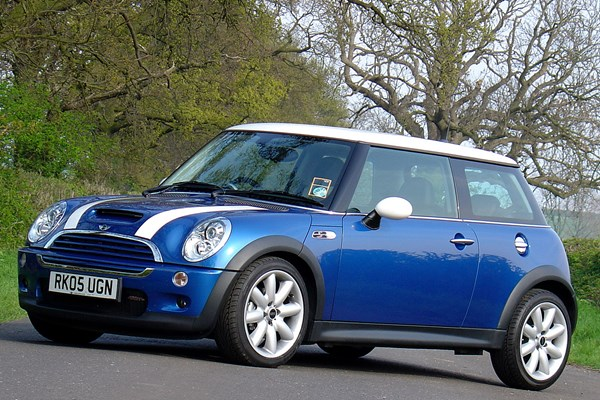 mini cooper s hatchback from 2002 used prices parkers. Black Bedroom Furniture Sets. Home Design Ideas