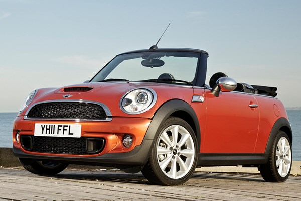 Mini Convertible Convertible Review 2009 2015 Parkers