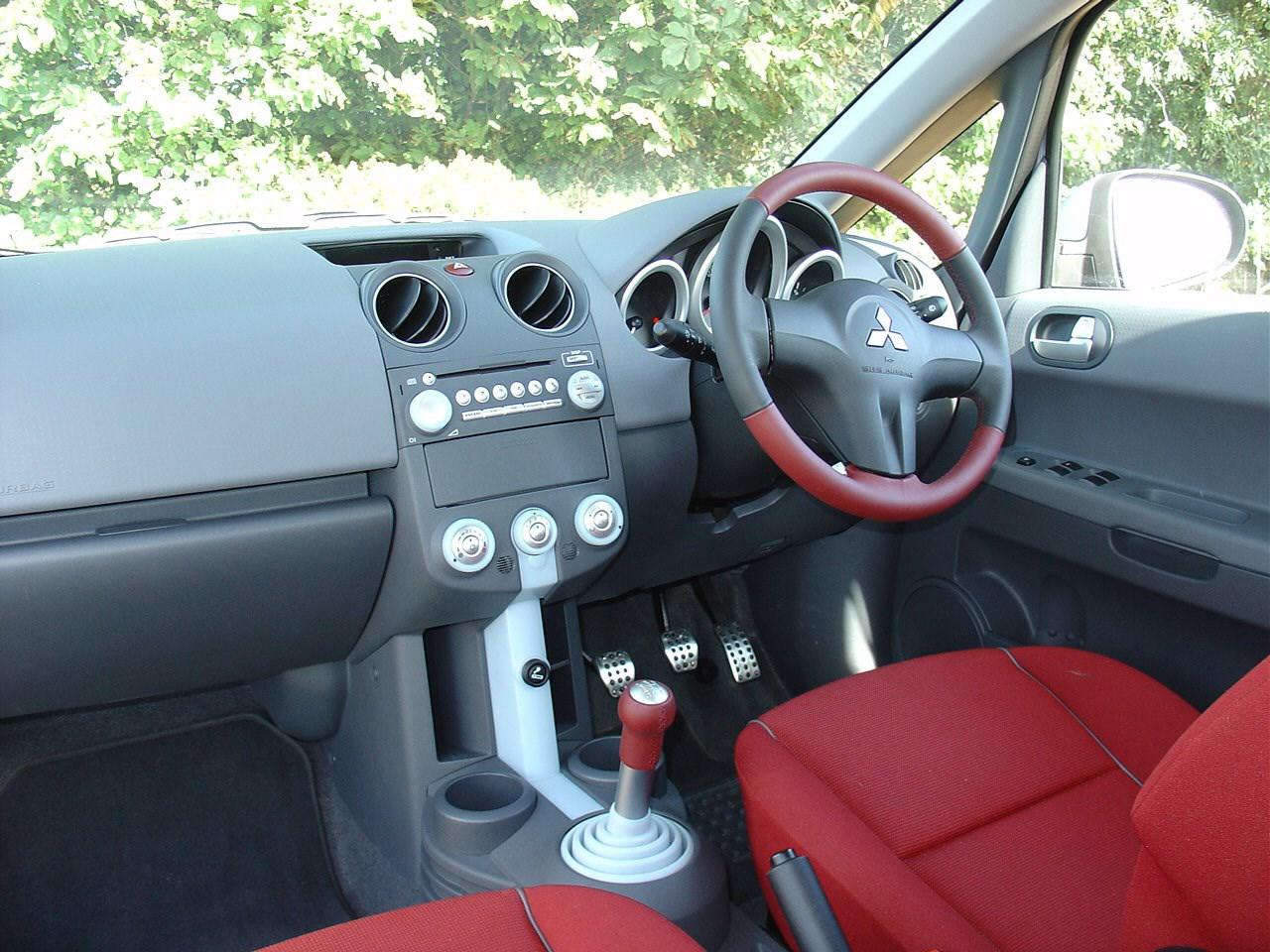 Mitsubishi Colt Hatchback Review 2004 2013 Parkers