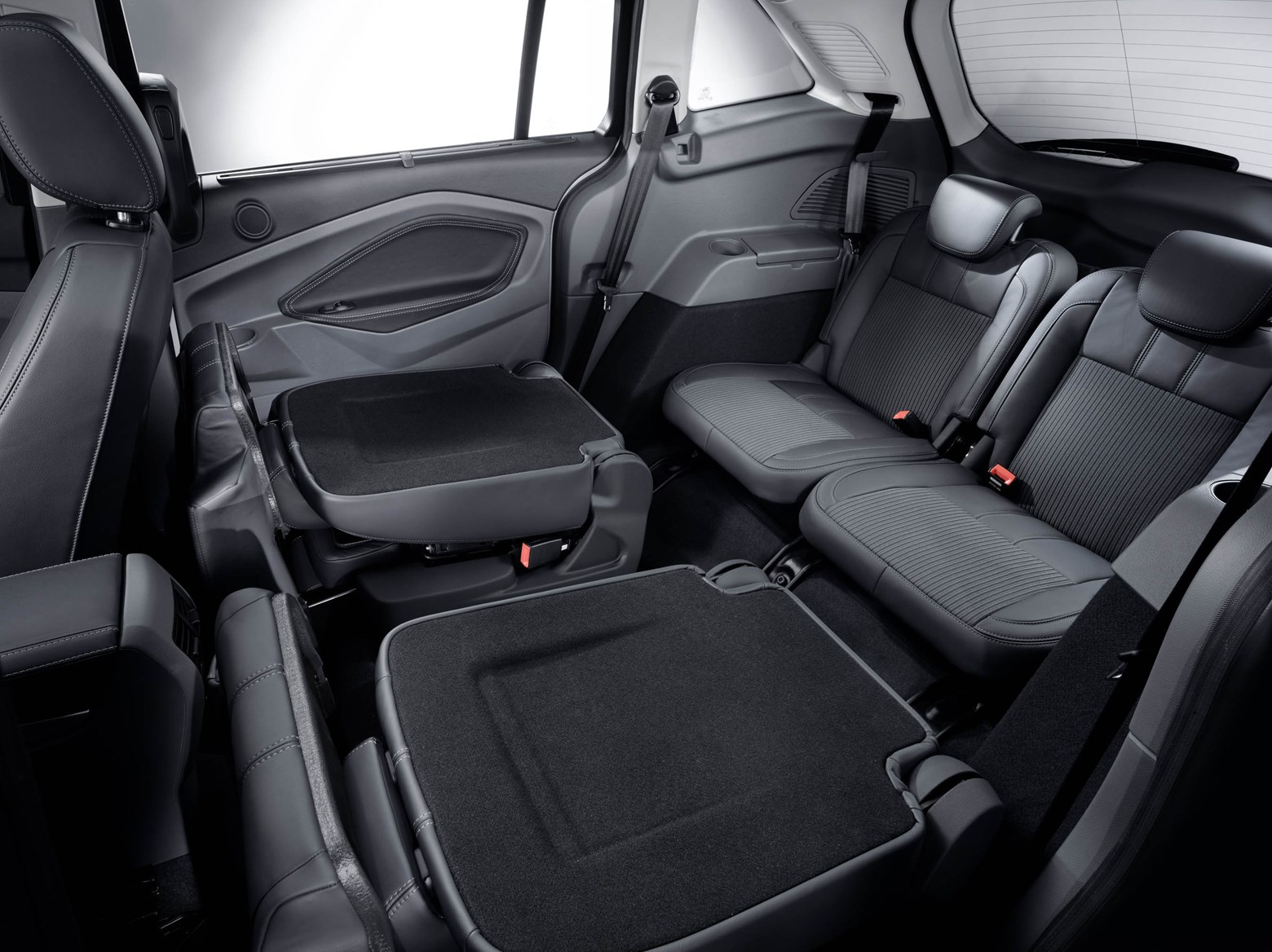 ford c max estate review 2010 parkers. Black Bedroom Furniture Sets. Home Design Ideas