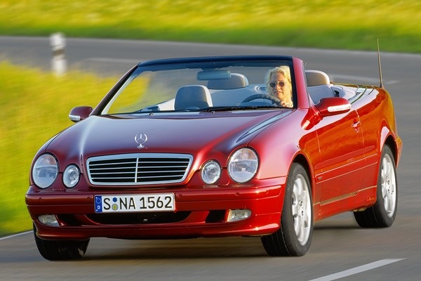 Mercedes Benz Clk Cabriolet Review 1998 2003 Parkers