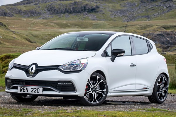 Used Renault Clio Renaultsport (2013 - 2016) Review | Parkers