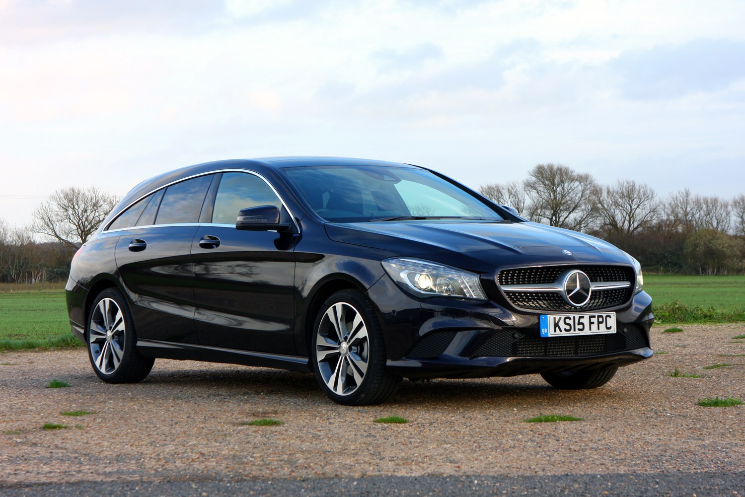 Mercedes Benz Cla Class Shooting Brake Review 2015