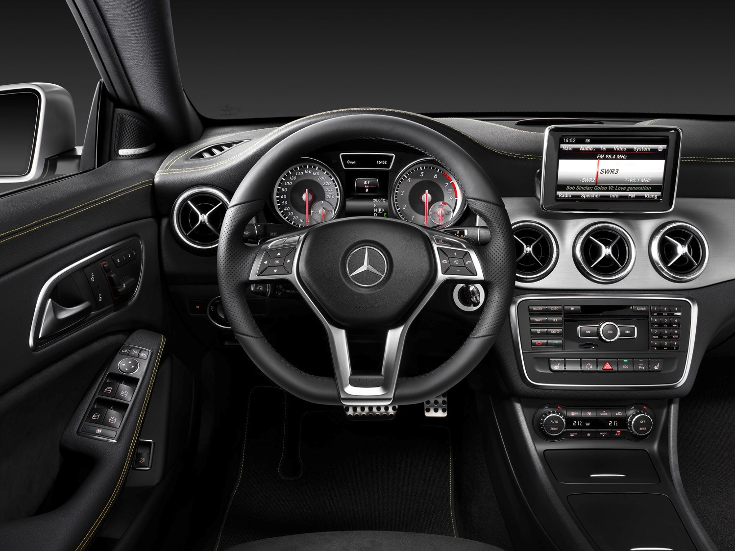 Mercedes benz cla class coupe review 2013 parkers for Mercedes benz interiors