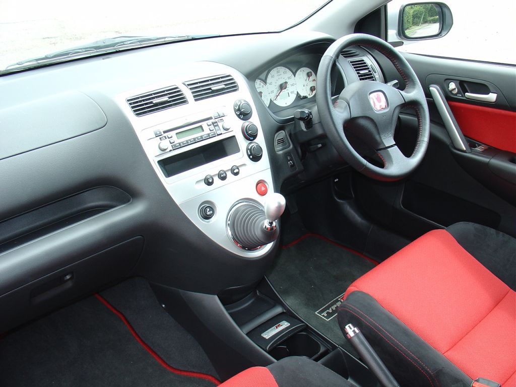 Honda Civic Type R Review (2001   2005) | Parkers