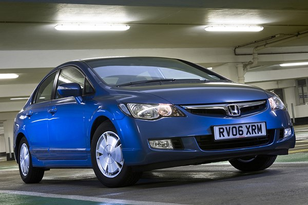 Honda Civic Hybrid Saloon 06 10 Rated 3 Out Of 5