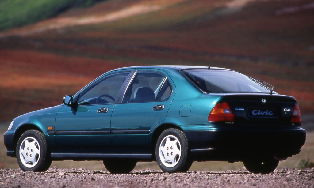 Car Finance Calculator >> Honda Civic Hatchback (1995 - 2001) Photos | Parkers