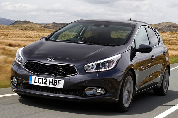 owners reviews kia ceed hatchback 2012 1 6 gdi 4 tech 5d dct parkers rh parkers co uk kia ceed 2017 user manual kia ceed user manual