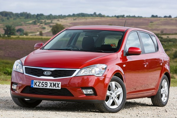 owners reviews kia ceed hatchback 2007 1 6 crdi 3 5d parkers rh parkers co uk kia pro ceed 2010 user manual Kia Ceed 2009