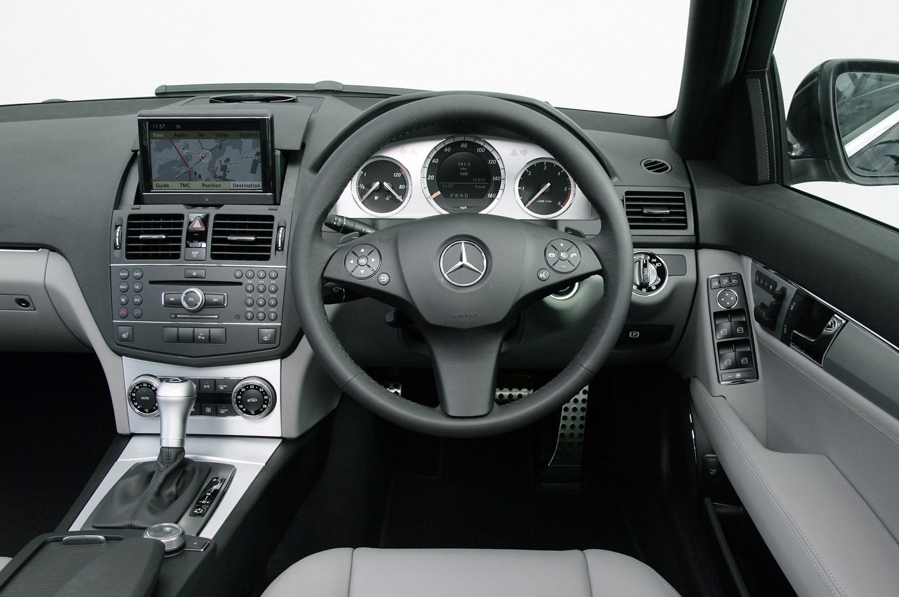 Mercedes benz c class saloon 2007 2014 photos parkers - 2014 mercedes c class interior ...