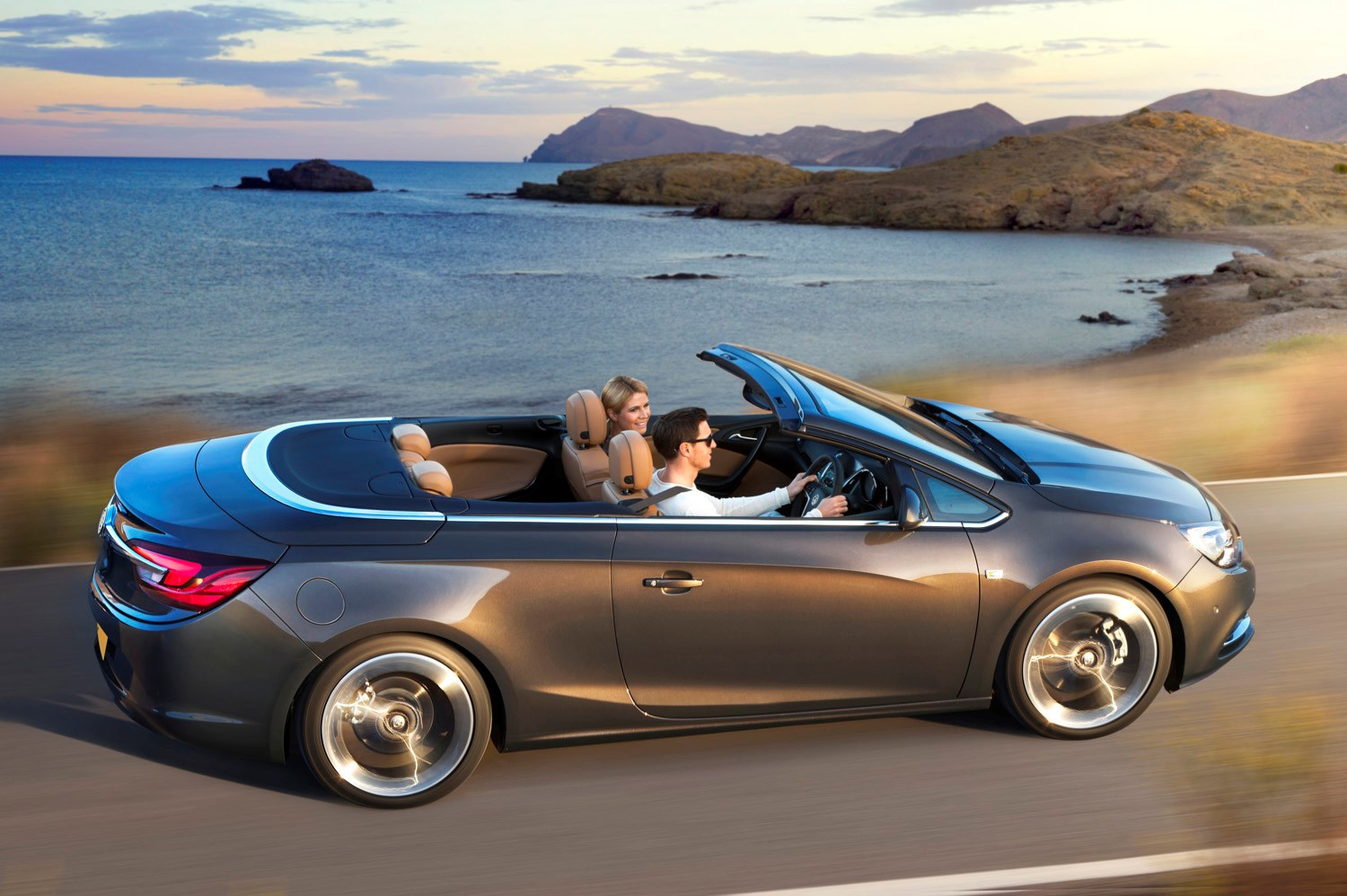 Vauxhall insignia convertible auto cars vauxhall cascada convertible review 2017 parkers sciox Image collections