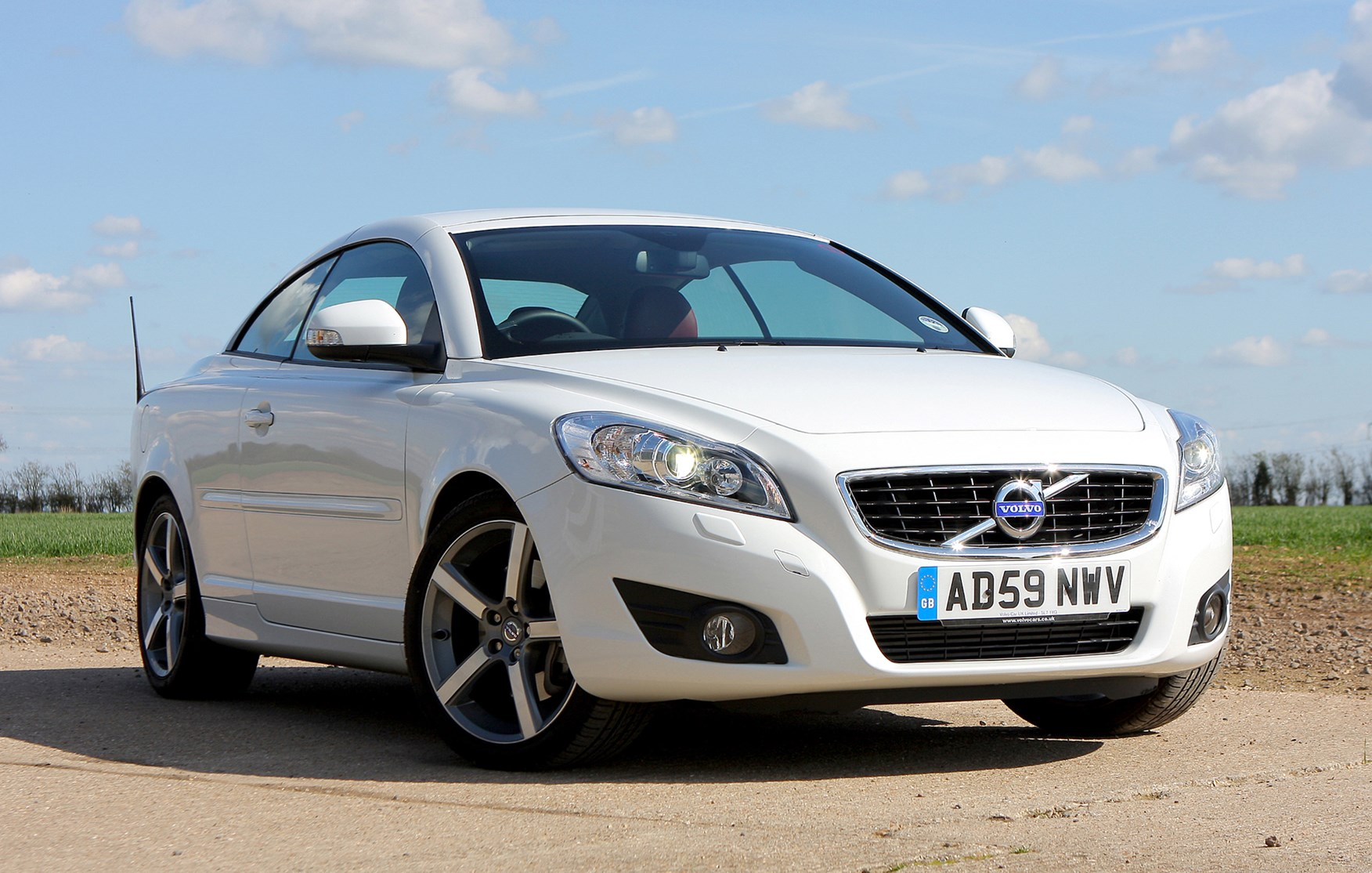 Volvo C70 Coupé Convertible (2006 - 2013) Running Costs | Parkers