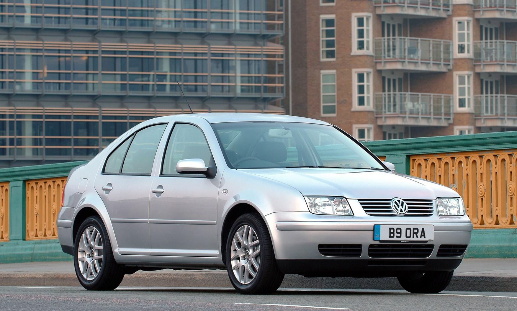 VW Touareg For Sale >> Volkswagen Bora Saloon (1999 - 2005) Photos | Parkers