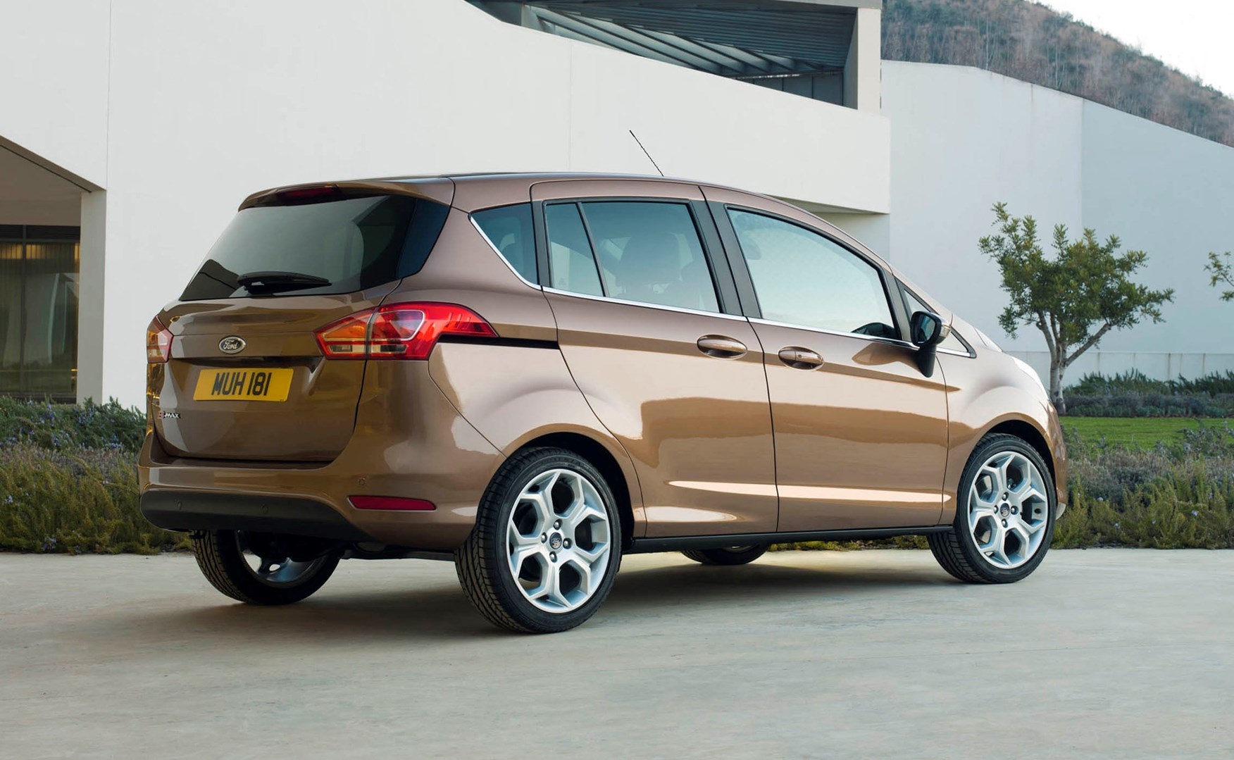 Ford B Max Estate 2012 Photos Parkers
