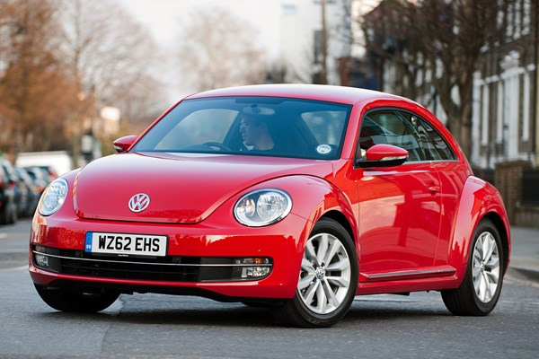 volkswagen beetle hatchback review 2012 parkers. Black Bedroom Furniture Sets. Home Design Ideas