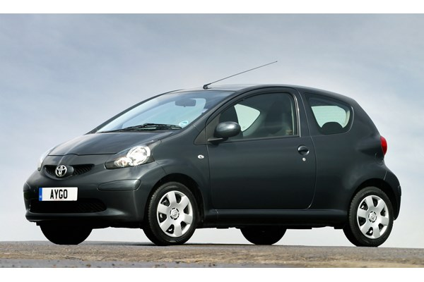 toyota aygo hatchback from 2005 used prices parkers. Black Bedroom Furniture Sets. Home Design Ideas