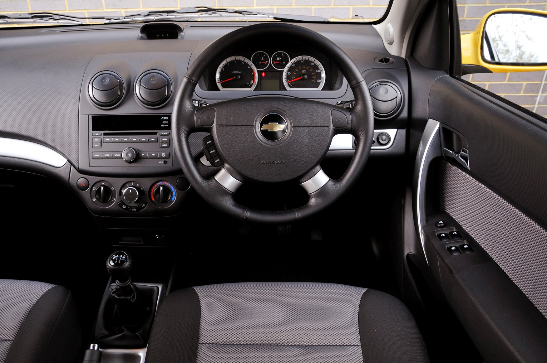 View all images of the chevrolet aveo 08 11