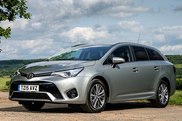 toyota avensis touring sports from 2015 used prices parkers. Black Bedroom Furniture Sets. Home Design Ideas