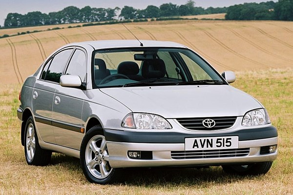 Toyota Avensis Saloon (1997 - 2003) Used Prices
