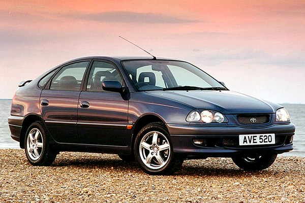 Toyota Avensis Hatchback (1997 - 2003) Used Prices
