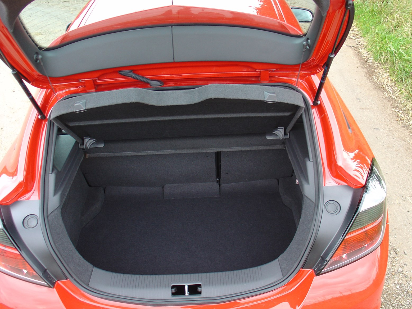 Vauxhall Astra VXR (2005 - 2010) Features, Equipment and ...