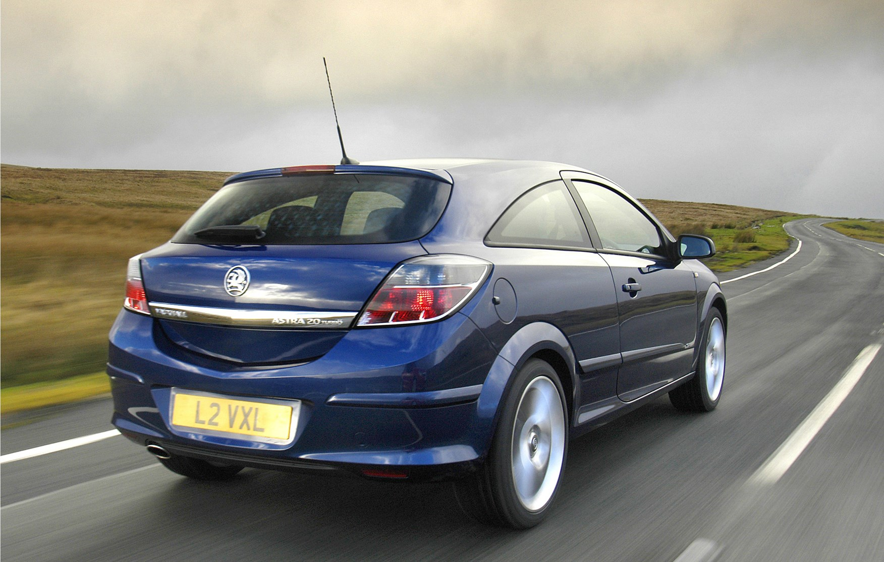 vauxhall astra sport hatch 2005 2010 driving performance parkers. Black Bedroom Furniture Sets. Home Design Ideas