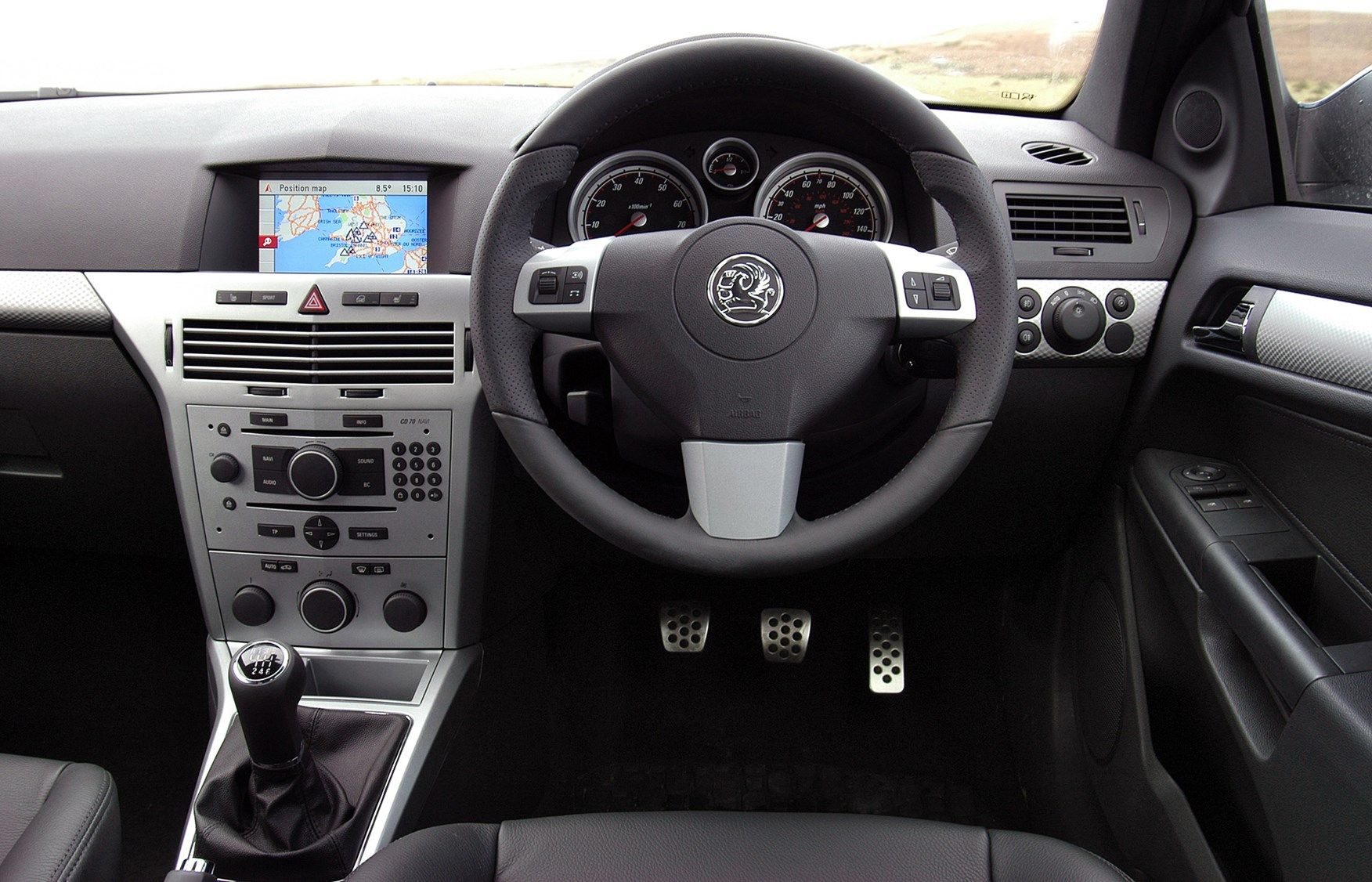 View All Images Of The Vauxhall Astra Sport Hatch (05 10)