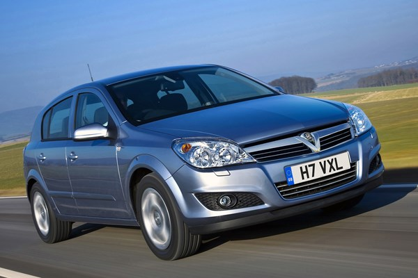 Vauxhall Astra Hatchback (2004 - 2010) Used Prices