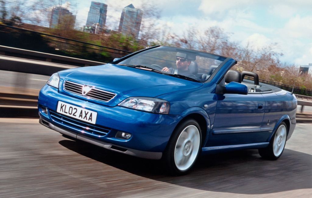 Vauxhall astra convertible 2001 2005 driving performance parkers view all images of the vauxhall astra convertible 01 05 asfbconference2016 Choice Image