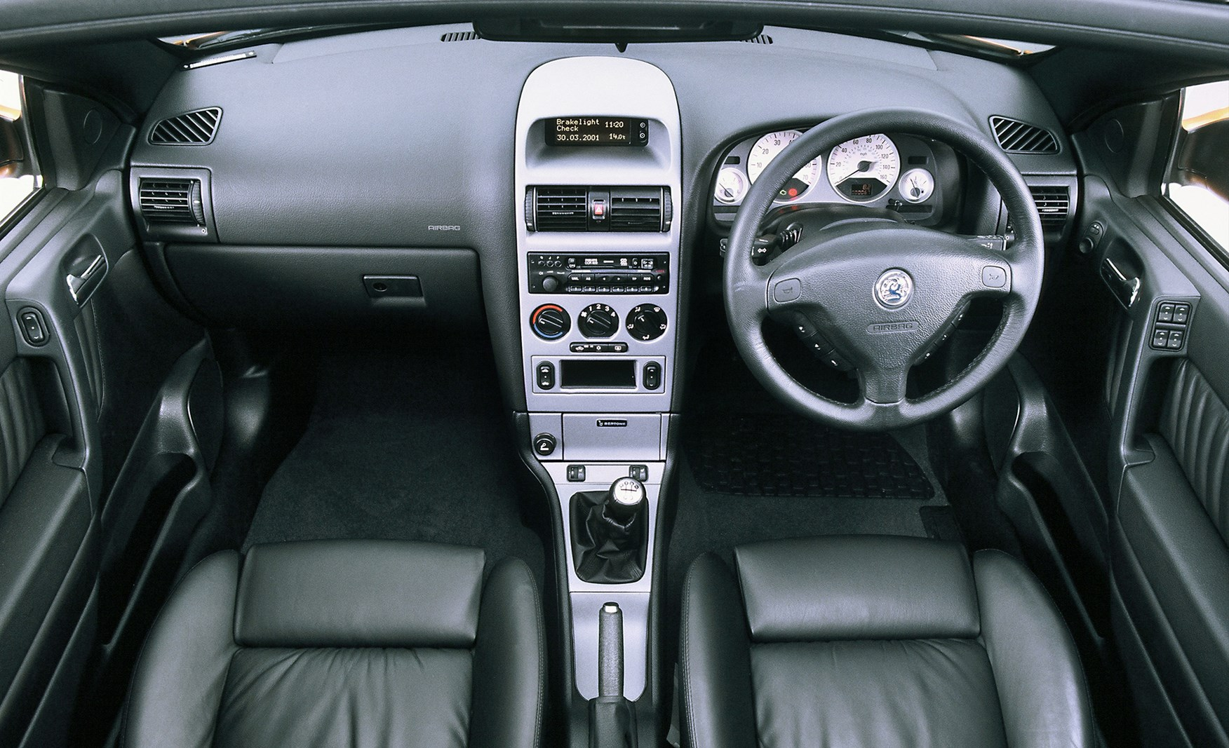 vauxhall astra convertible 2001 2005 photos parkers. Black Bedroom Furniture Sets. Home Design Ideas