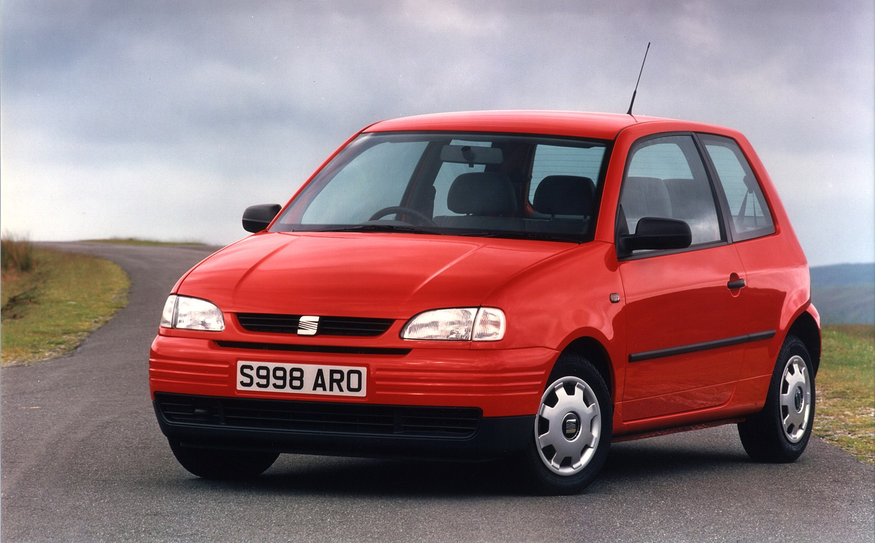 seat arosa hatchback review 1997 2004 parkers. Black Bedroom Furniture Sets. Home Design Ideas