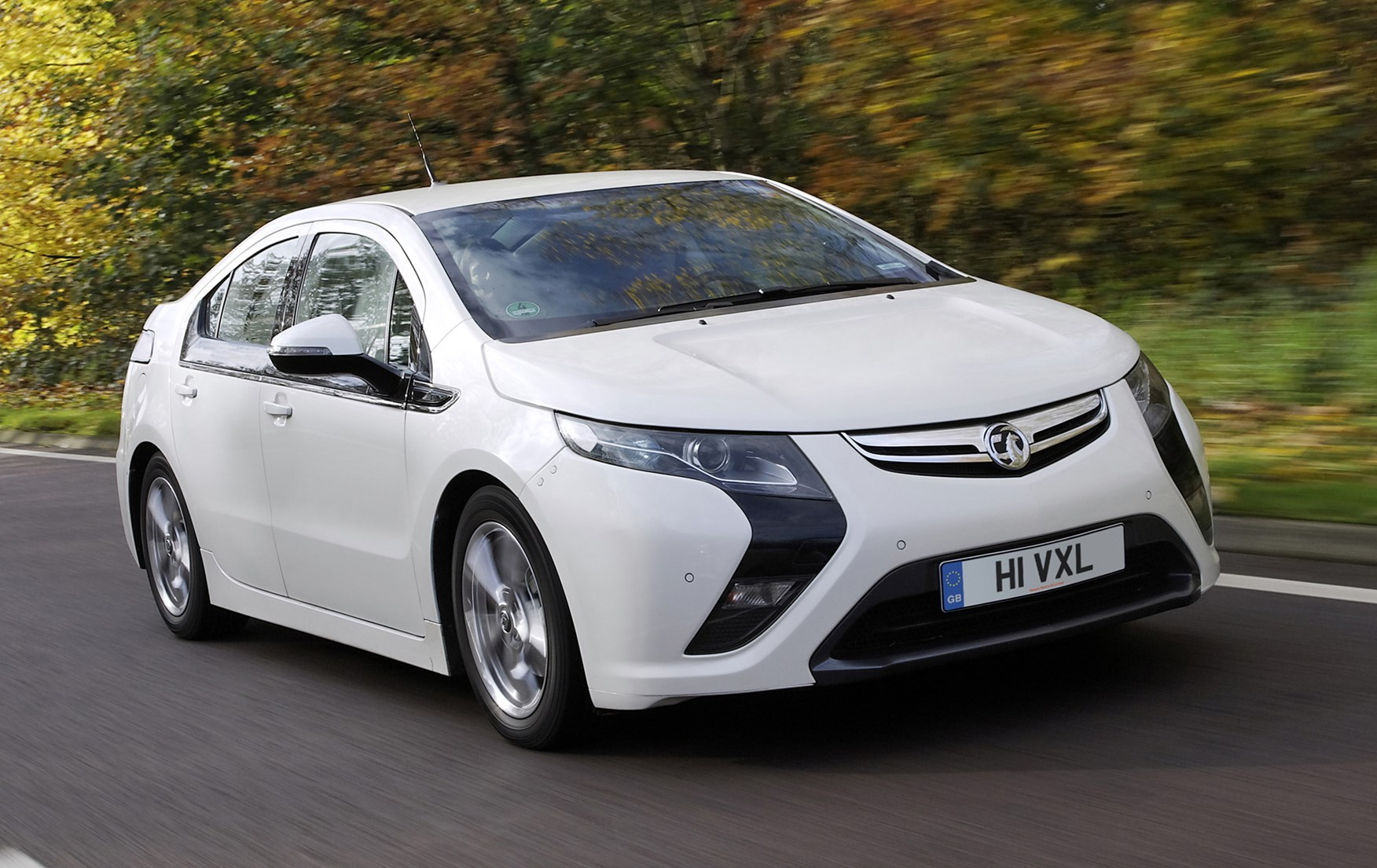 Vauxhall Ampera Hatchback (2012 - 2015) Photos | Parkers