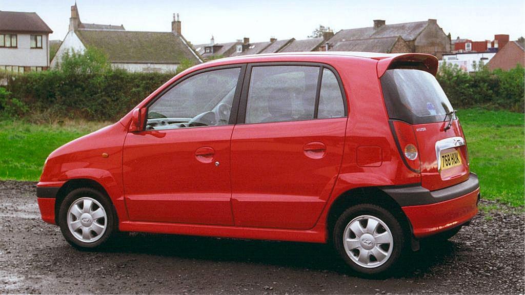 hyundai amica hatchback  2000