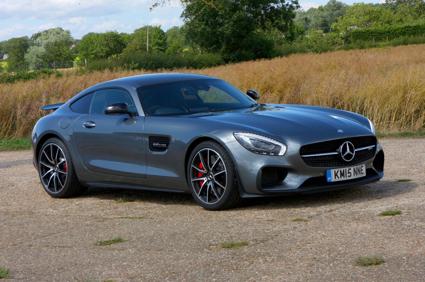 mercedes benz amg gt coupe 2015 photos parkers. Black Bedroom Furniture Sets. Home Design Ideas