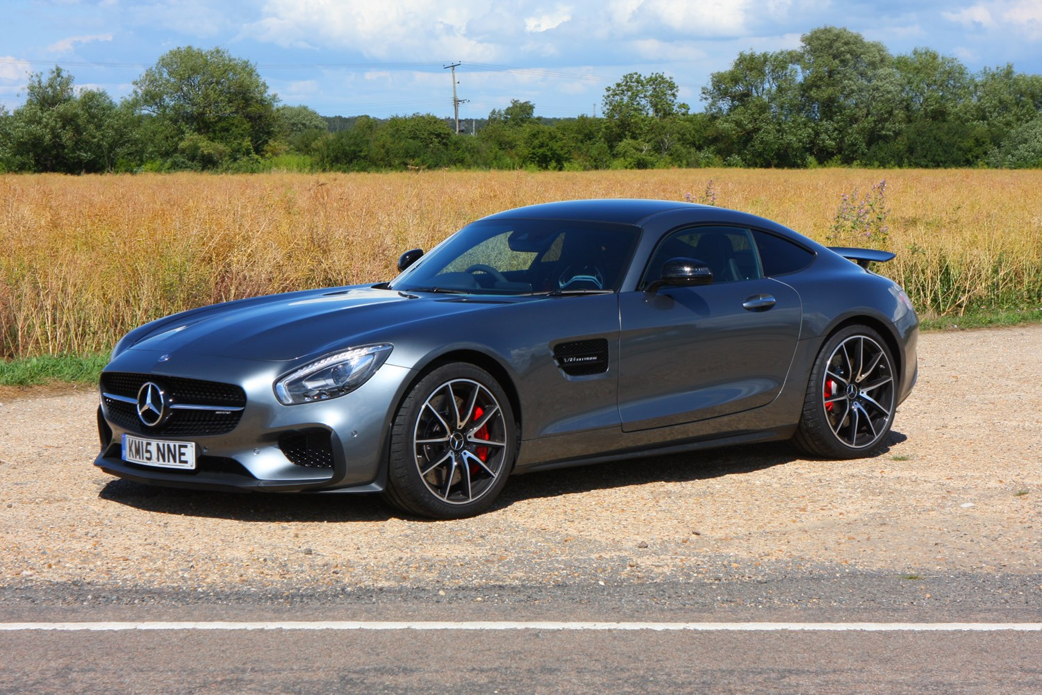 Mercedes benz amg gt coupe 2015 photos parkers for Mercedes benz amg gt coupe price
