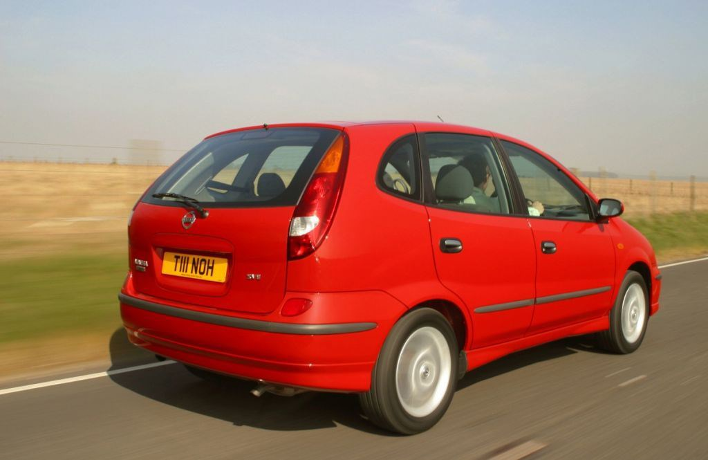 Nissan Almera Tino Estate (2000 - 2005) Photos | Parkers