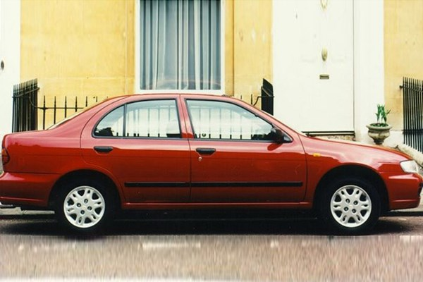 Nissan Almera Saloon (1996 - 2000) Used Prices